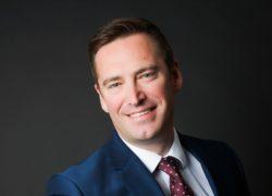 Dr Jon Van Niekerk